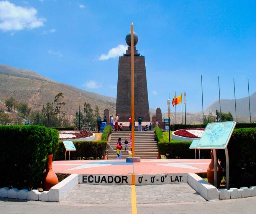 Middle of the World, the center of the world is in Ecuador