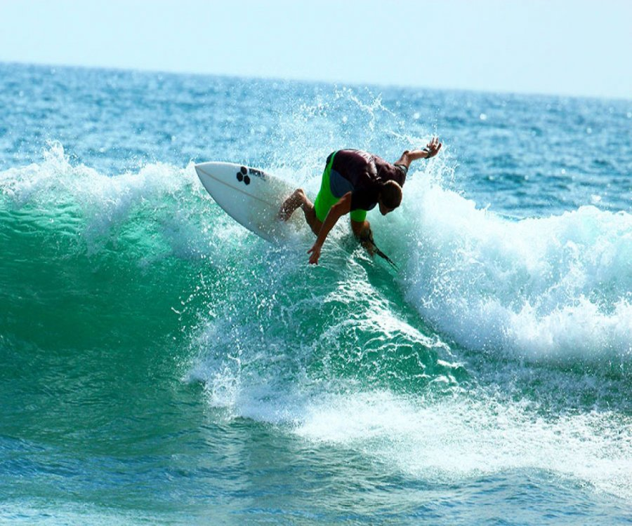 Montañita is declared world surf city