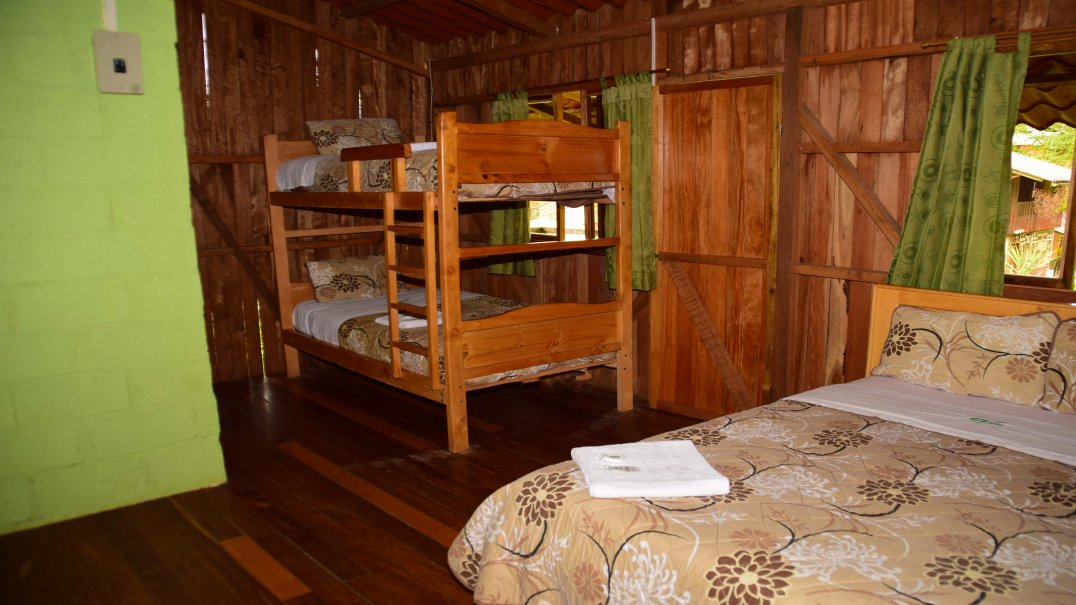 Cottage to 4 people
