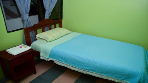 Single room in Tena with Private Bathroom