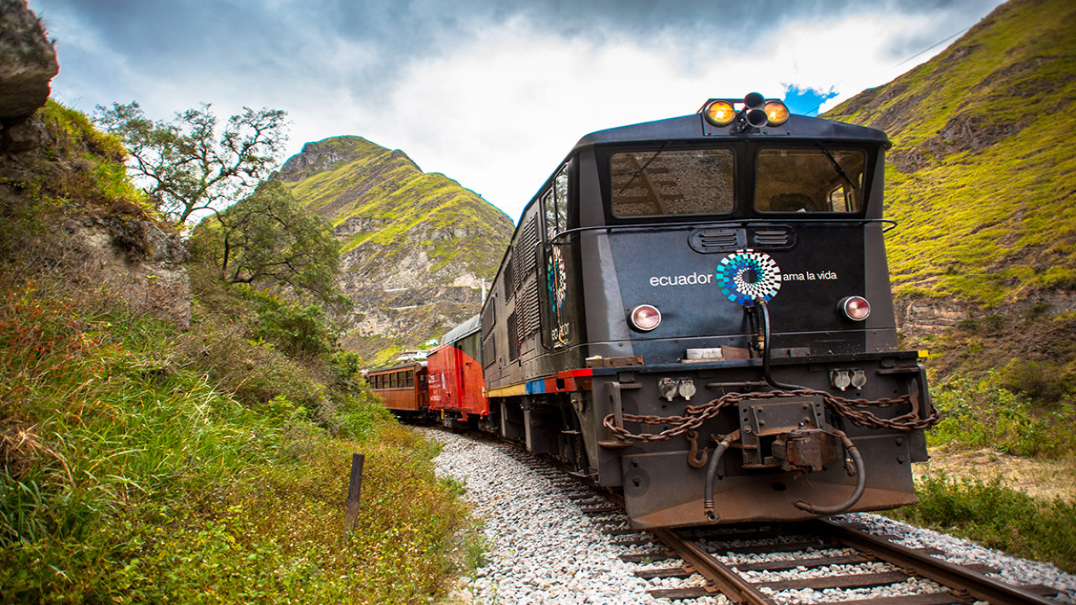 Devils Nose Train Exclusive excursion from Alausí